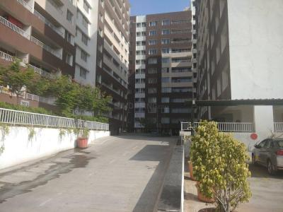 Gallery Cover Image of 1118 Sq.ft 3 BHK Apartment for rent in Mundhwa for 30000