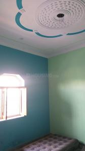 Gallery Cover Image of 800 Sq.ft 2 BHK Independent House for rent in Sector 8 Dwarka for 8000
