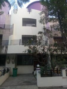 Gallery Cover Image of 2400 Sq.ft 4 BHK Villa for rent in Thane West for 30000