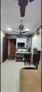 Gallery Cover Image of 325 Sq.ft 1 RK Apartment for buy in Vaibhav CHS, Borivali West for 5500000