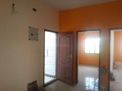 Gallery Cover Image of 950 Sq.ft 2 BHK Apartment for rent in Nangainallur for 12000
