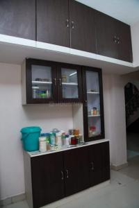 Gallery Cover Image of 1000 Sq.ft 2 BHK Independent House for rent in  South kolathur for 15000