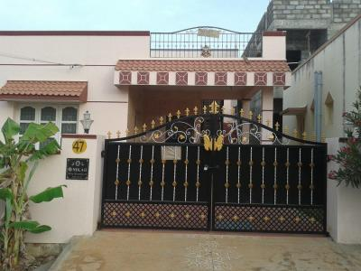 Gallery Cover Image of 1660 Sq.ft 3 BHK Independent House for rent in Hosur for 18000