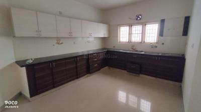 Gallery Cover Image of 1740 Sq.ft 3 BHK Apartment for rent in Maithri Shilphitha Splendour, Mahadevapura for 23000