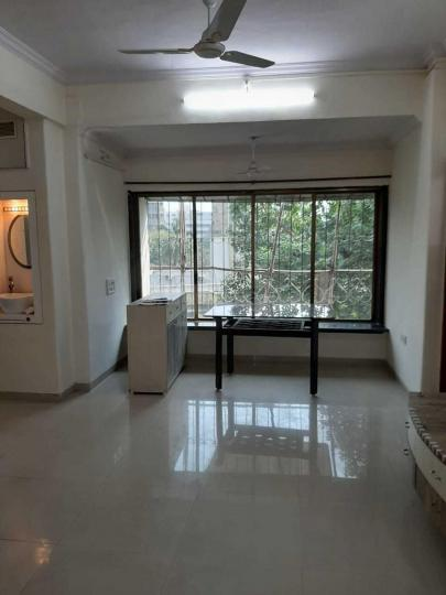Living Room Image of 1000 Sq.ft 2 BHK Apartment for rent in Bandra East for 75000