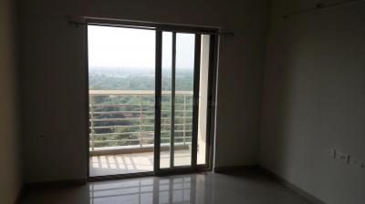 Gallery Cover Image of 1080 Sq.ft 2 BHK Apartment for rent in Shantigram for 16000