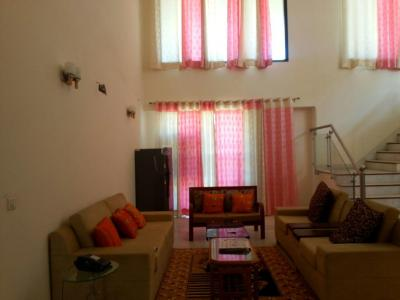 Gallery Cover Image of 2850 Sq.ft 3 BHK Apartment for rent in Sector 65 for 85000