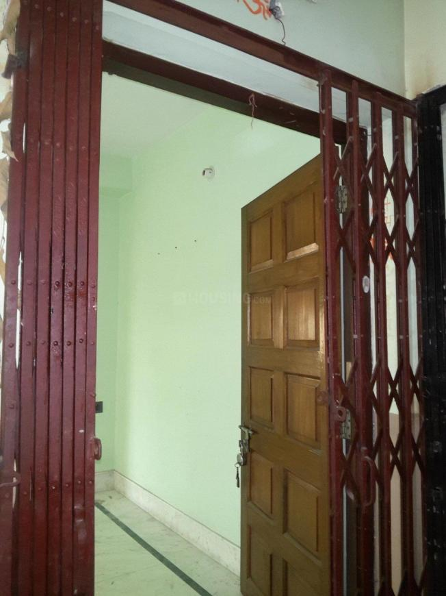 Main Entrance Image of 1600 Sq.ft 3 BHK Apartment for rent in Keshtopur for 15200