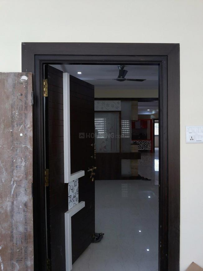 Main Entrance Image of 2200 Sq.ft 3 BHK Independent Floor for buy in Himayath Nagar for 16000000