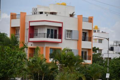 Gallery Cover Image of 3000 Sq.ft 6 BHK Independent House for buy in RK RK Township Apartment, Bommasandra for 19000000