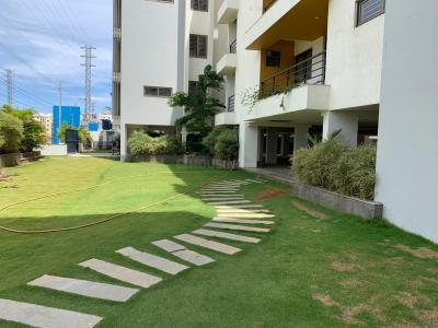 Gallery Cover Image of 1110 Sq.ft 2 BHK Apartment for rent in Manbhum Rhapsody, Gachibowli for 32000