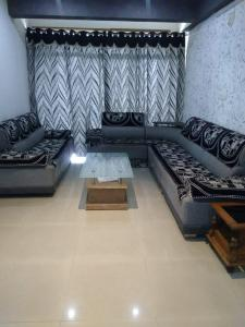 Gallery Cover Image of 2475 Sq.ft 4 BHK Apartment for rent in Nava Naroda for 35000