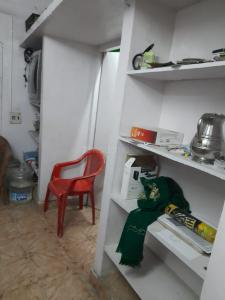 Gallery Cover Image of 450 Sq.ft 1 BHK Apartment for buy in Ganesh Flats, Nesapakkam for 2500000