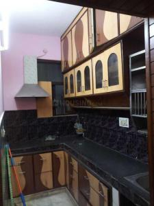 Gallery Cover Image of 600 Sq.ft 1 BHK Independent Floor for rent in Sector 5 Rohini for 15000