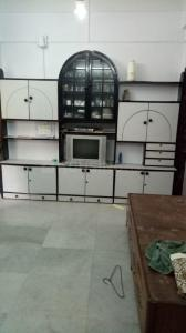 Gallery Cover Image of 650 Sq.ft 1 BHK Apartment for rent in Worli for 45000