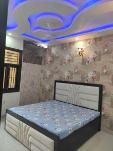 Gallery Cover Image of 360 Sq.ft 1 BHK Independent House for buy in Uttam Nagar for 1500000