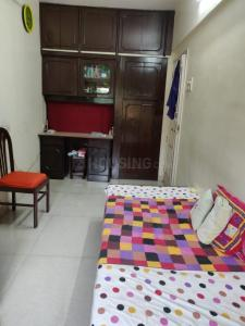 Gallery Cover Image of 950 Sq.ft 2 BHK Apartment for rent in Santoor Cooperative Housing Society, Goregaon East for 35000