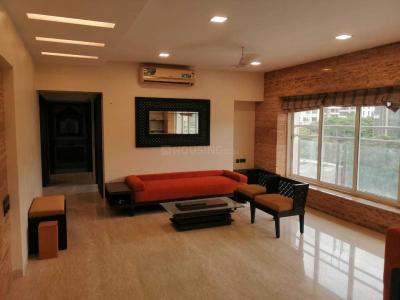 Gallery Cover Image of 2880 Sq.ft 3 BHK Apartment for rent in Juhu for 225000
