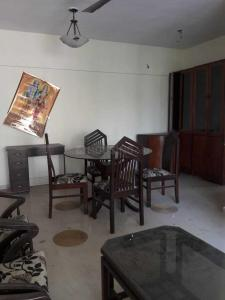 Gallery Cover Image of 750 Sq.ft 2 BHK Apartment for rent in Kandivali West for 32000