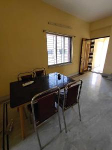 Gallery Cover Image of 1000 Sq.ft 1 BHK Apartment for rent in Salt Lake City for 12000