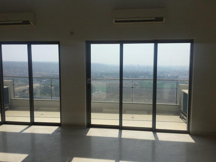 टाटा हाउसिंग प्रिमंती, सेक्टर 72  में 4  खरीदें  के लिए 72 Sq.ft 4 BHK विला के लिविंग रूम  की तस्वीर