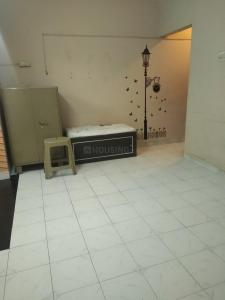 Gallery Cover Image of 310 Sq.ft 1 RK Apartment for rent in Kandivali East for 12500