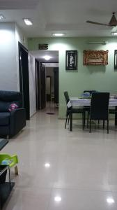 Gallery Cover Image of 750 Sq.ft 2 BHK Apartment for rent in HDIL Dheeraj Upvan 3, Borivali East for 35000