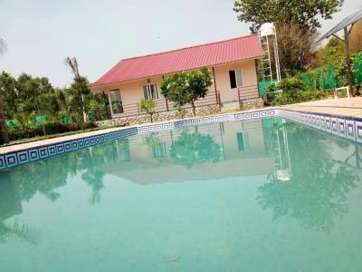 Gallery Cover Image of 1900 Sq.ft 3 BHK Villa for buy in Sector 150 for 3600333