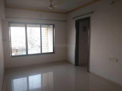 Gallery Cover Image of 800 Sq.ft 2 BHK Apartment for rent in Malad West for 28000