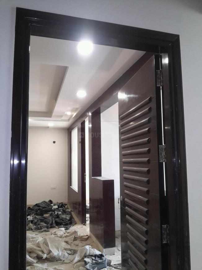 Main Entrance Image of 2250 Sq.ft 4 BHK Independent Floor for buy in Budh Vihar for 16200000