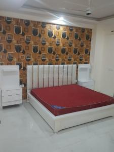 Gallery Cover Image of 1200 Sq.ft 2 BHK Apartment for buy in Sagar Home, Sector 14 for 6500000