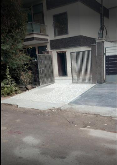 Building Image of Rathore PG in DLF Phase 2