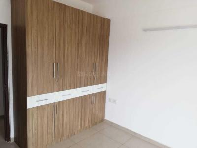 Gallery Cover Image of 1345 Sq.ft 3 BHK Apartment for rent in Gulshan Ikebana, Sector 143 for 19000