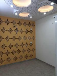 Gallery Cover Image of 550 Sq.ft 2 BHK Independent Floor for rent in Matiala for 9000