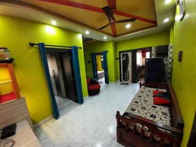 Gallery Cover Image of 725 Sq.ft 2 BHK Apartment for rent in Dakshineswar for 15000