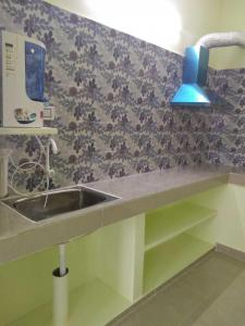 Kitchen Image of 1200 Sq.ft 2 BHK Apartment for rent in MS Ideal Amirtham, Nallur for 9000