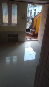 Gallery Cover Image of 600 Sq.ft 1 BHK Independent House for rent in Adugodi for 8000