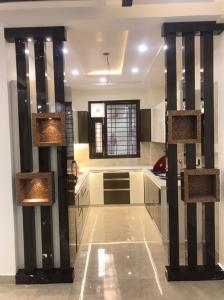 Gallery Cover Image of 1350 Sq.ft 3 BHK Independent Floor for buy in Ramesh Nagar for 16000000