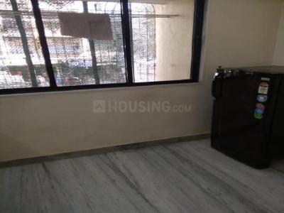 Gallery Cover Image of 900 Sq.ft 1 BHK Apartment for rent in Kandivali West for 36000