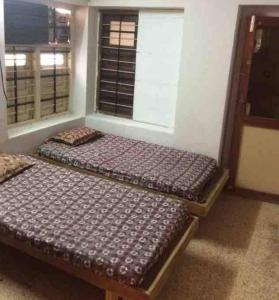 Bedroom Image of Green PG in Navrangpura