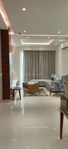 Gallery Cover Image of 1611 Sq.ft 3 BHK Apartment for buy in Motia Blue Ridge, Sanauli for 5400000