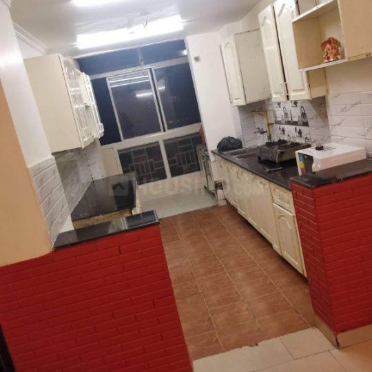 सेक्टर 62 में रियल पिक्स पीजी के किचन की तस्वीर