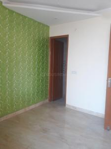 Gallery Cover Image of 900 Sq.ft 3 BHK Independent Floor for buy in Janakpuri for 5600000
