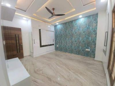 Gallery Cover Image of 1320 Sq.ft 4 BHK Independent Floor for buy in Sector 11 Rohini for 13500000