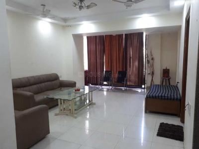 Gallery Cover Image of 750 Sq.ft 2 BHK Apartment for buy in Bandra West for 37500000