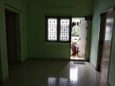Gallery Cover Image of 968 Sq.ft 2 BHK Apartment for rent in Pallikaranai for 12500