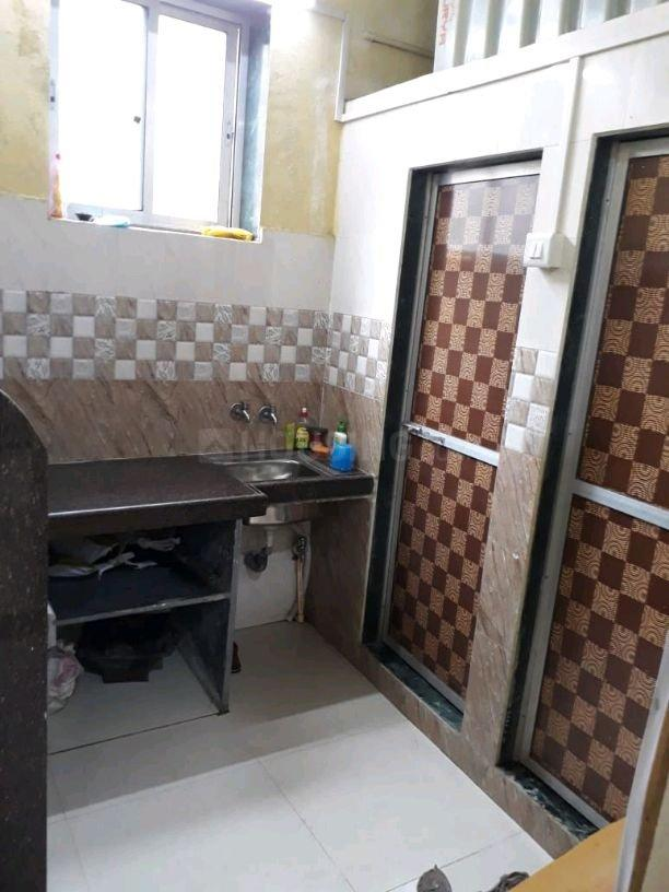 Kitchen Image of 550 Sq.ft 1 BHK Independent House for buy in Dharavi for 8500000
