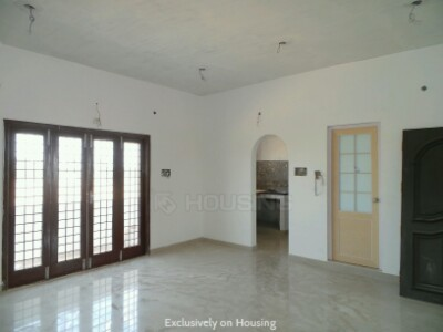 Gallery Cover Image of 1035 Sq.ft 2 BHK Apartment for buy in Maraimalai Nagar for 3622500