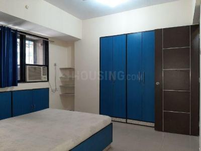 Gallery Cover Image of 850 Sq.ft 2 BHK Apartment for rent in Bandra East for 75000