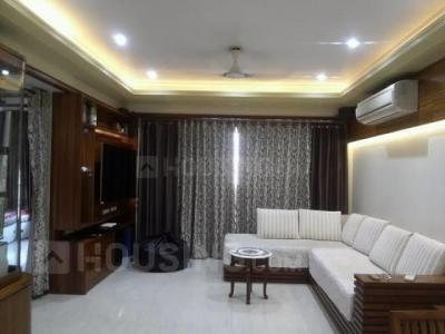 Gallery Cover Image of 1950 Sq.ft 3 BHK Apartment for rent in Mahagun Mansion Phase 1 and 2, Vaibhav Khand for 23000